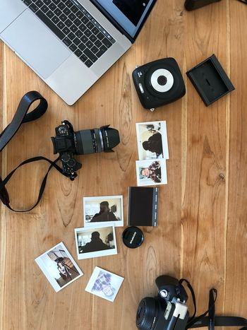 EyeEm Selects Table Directly Above High Angle View Technology Desk Camera - Photographic Equipment Wood - Material Wireless Technology No People Indoors  Photography Themes Photograph Day Modern Workplace Culture