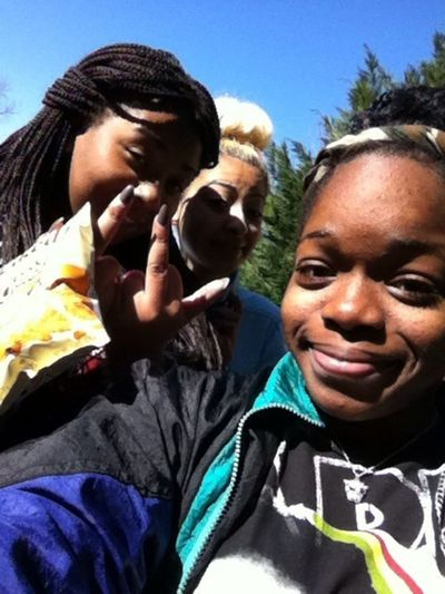 Ashia,Mayra, & Me. SN: I look so terrible