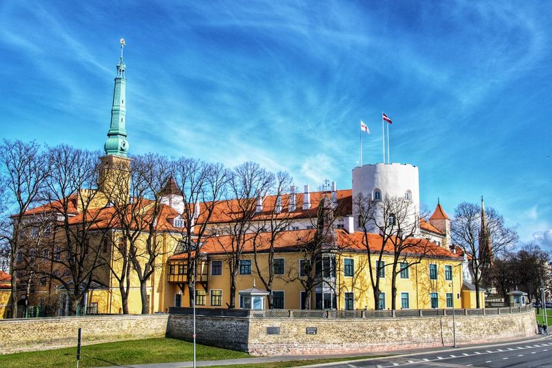 Riga Castle Castle Travel Old City EyeEmNewHere Flag Sky No People Architecture Outdoors Day Building Exterior
