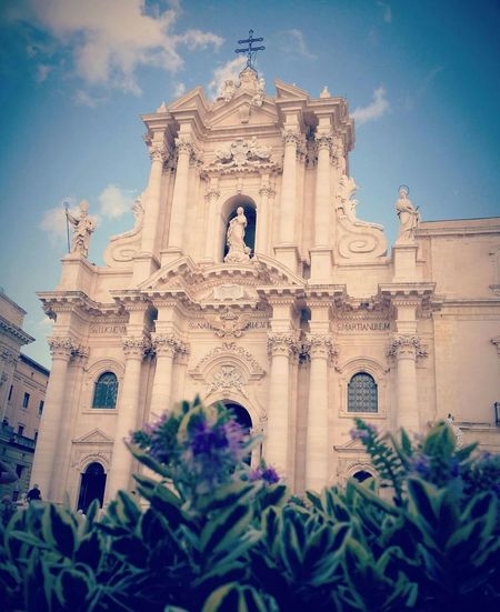 Architecture Religion Siracusa Duomo Low Angle View Ortigia Sicily Italy Church Chiesa BaroccoSiciliano Art Spirituality Travel Destinations Built Structure Building Exterior History Statue Beauty Ornate Sculpture Cloud - Sky Sky Outdoors Blue