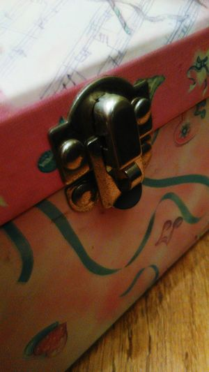 Musicbox Pink Box Princesses Lock Details Close Up Taking Photos Enjoying Life Nostalgia