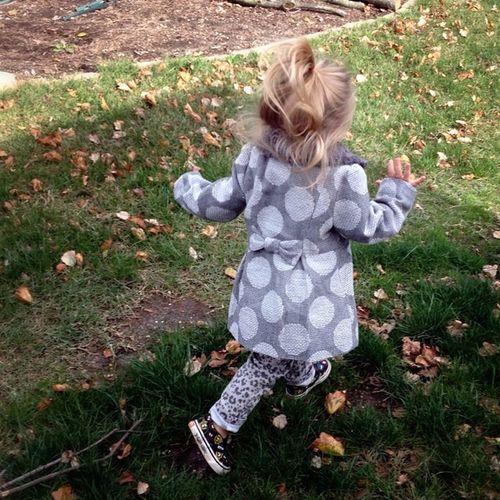 I love her little frolicking run! ?? Cutekidsclub Ckc2013oct Day15 Leaves