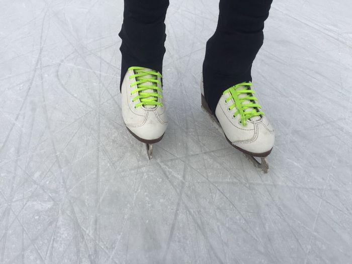 Low Section Sport Person One Person Winter Ice Rink Horizontal Close-up Day People Kids Human Body Part Iceskating Iceskating Shoes Ice Rink Ice Skating Shoes