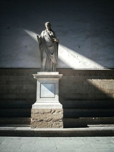 Statue Sculpture Ancient Culture Florence Loggiadeilanzi Sunbeam Shadow