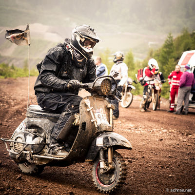 During the qualifier - which is called #prologue - 1800 crazy #motoheads try to get up to the peak of #erzberg as fast as they can with whatever has #2wheels. The top 500 make the cut for the sunday race, that you can watch on redbull.tv. Don't miss it! Enduro Erzberg, Hard Enduro Hare Scramb Ktm PrologueKitchen Red Scooter Vespa
