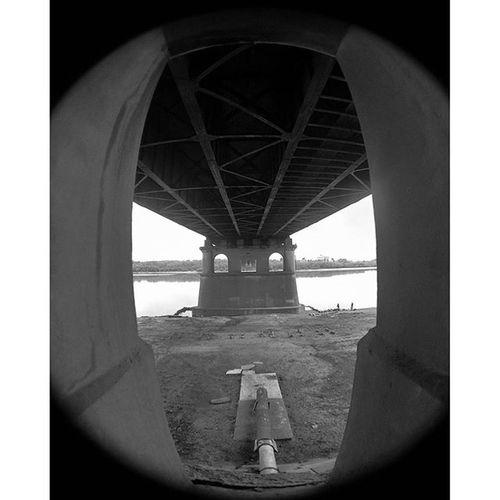 Omsk Openomsk Inomsk Bridge landscape distortion fisheye superwidelens blackandwhite омск пейзаж подмостом искажение фишай рыбийглаз чернобелое instaomsk15