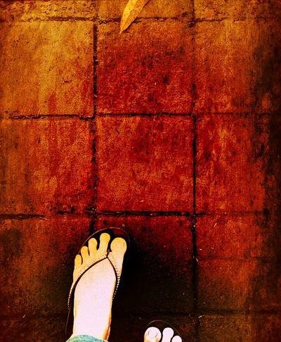 bila kaki ini harus melangkah hanya satu tempat kan kutuju ... bersamamu ....disisimu ...