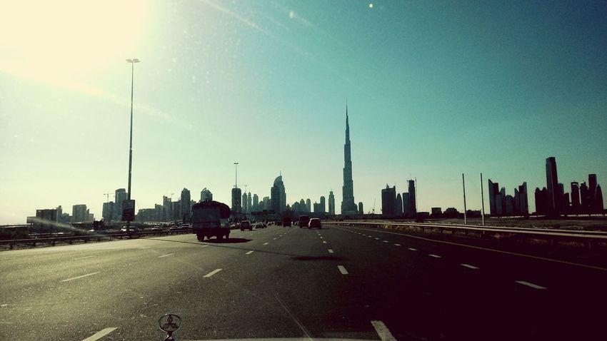 Highway to helll.... Acdcsongs Dubaicity HighwayToHell Highwaytotrip Cityscapes