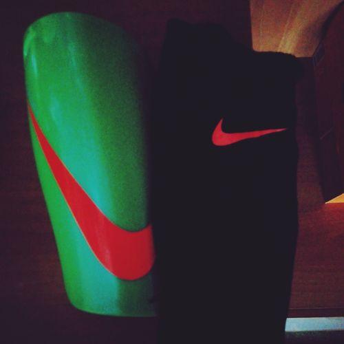 Yeni Tekmelikler Futbol Aksesuarı :))