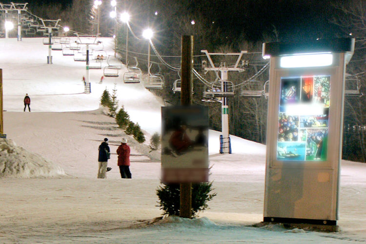 Adult Enjoying Winter Evening Sky Fun With Friends Get Together Having Fun Night On The Slopes Outdoors People Ski Slopes Slopes Snow Snow ❄ Snowboard Snowboarding Talking With Friends Winter