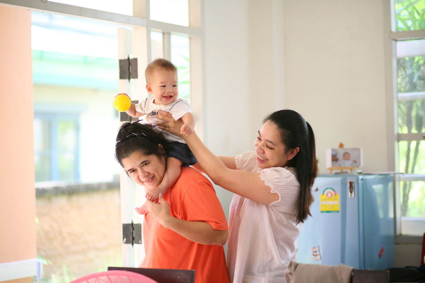 Adult Bonding Child Childhood Daughter Domestic Life Enjoyment Family Family With One Child Females Fun Girls Hairdresser Happiness Home Interior Indoors  Lifestyles Love Mother Offspring Parent People Smiling Togetherness Young Adult