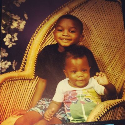 Tbt: I'm Like Fuqk Yo Dj If It Ain't Mine Til The Death Of Me MsUpMusic 85_12 Me And My Brother....... @djmuthafukkinbee