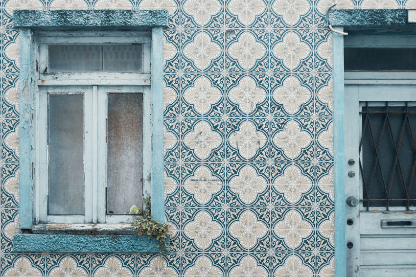 Threeweeksgalicia Architecture Built Structure Building Exterior Day No People Wall - Building Feature Building Outdoors Window Azulejos Pattern Door Entrance Closed Design House Full Frame Residential District Old Low Angle View Backgrounds Ornate Architectural Column Floral Pattern