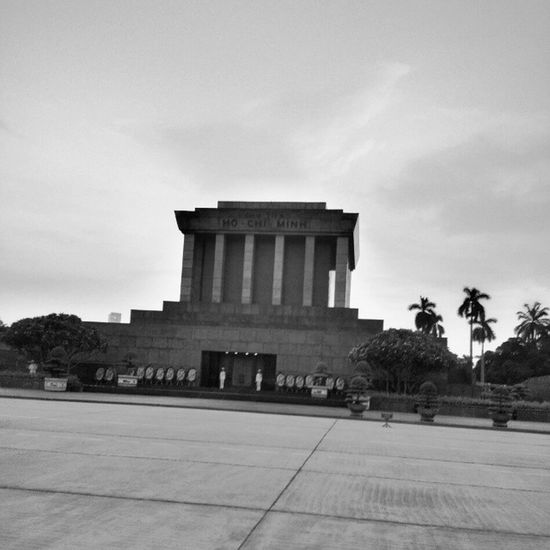 Hanoi Longwalk Just looking that and thinking that monument Immobility is not praising life with his natural change, but the preservation of the status quo unchanged... Just my thought.. In a bad English