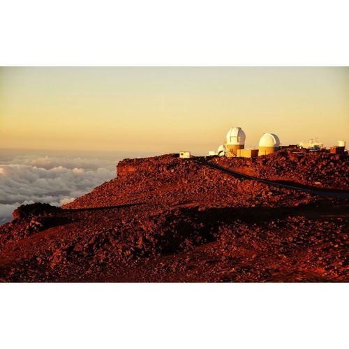 Loved this view of Haleakala's Observatory in Maui, Hawaii.