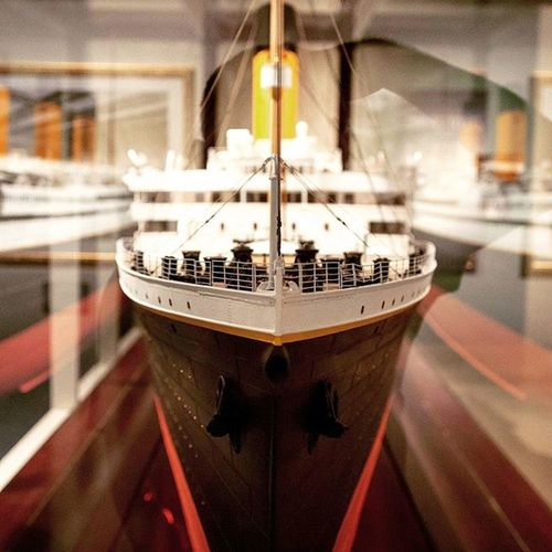 """The Titanic exhibit in DC had amazing artifacts and facts about the The White Star ocean liner. Through these artifacts and facts it painted a picture of the journey of the Titanic. It has set off on its maiden voyage from Southampton, England, to New York, on April 10, 1912 with 2,227 passengers and crew aboard. And on the 14th had struck an iceberg, at full speed. At the center of the exhibit sat, enclosed in a clear case, was the replica of the """"Unsinkable"""" ship. DC Exhibit  Titanic Whitestar Ocean Iceberg Washington Sink Passengers Crew Englandtonewyork April Summerfun Cousins  Family Life Instagood Instafollow Picoftheday Ztprod"""