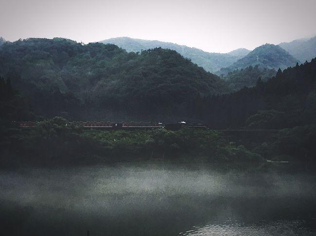 Steam Locomotive SL 蒸気機関車 日本 Mountain Water Waterfront River Mountain Range Japan Photography Niigata Boozeridez Beauty In Nature Outdoors