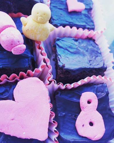 brownies creados por mi @jvra.btsl 💜🐷🐼💜 me siento feliz! 💕💞💗 Ochomesesjuntos