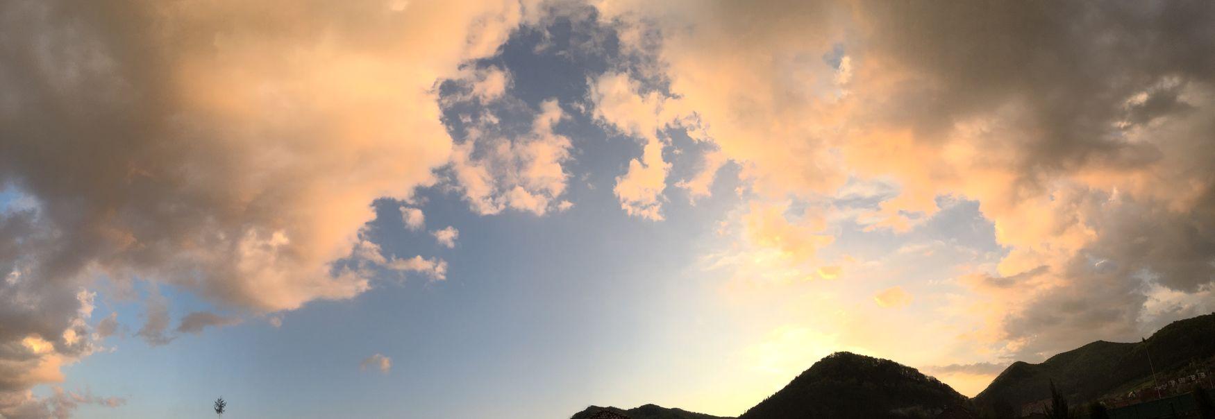 Sun going to sleep☀️🌤