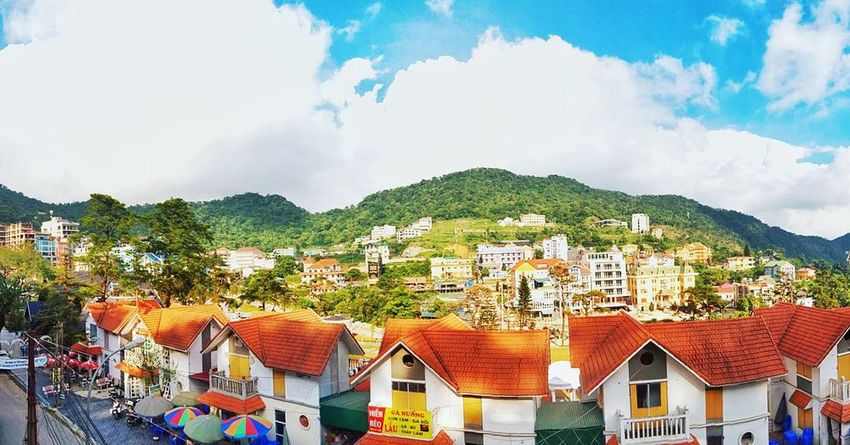 Thị trấn Tam Đảo - Vĩnh Phúc City House Roof Outdoors Sky Mountain Tree Trees Travel Traveling Street Nature Sunshine Under The Sun Naturelovers Town Panorama Panoramic View Colorful EyeEm Selects
