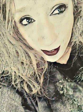 Green Color Greeneyes Greeneyedgirl Greeneyedbeauty Pink Color Pinklips Human Body Part Humaneye Faces Of EyeEm Portrait Of A Woman Face Young Women Portrait Beautiful Woman Human Face Beauty Human Eye Women Close-up Eye Make-up Human Lips Mascara Eyeliner Pretty Attractive Caucasian Iris - Eye Eyelid