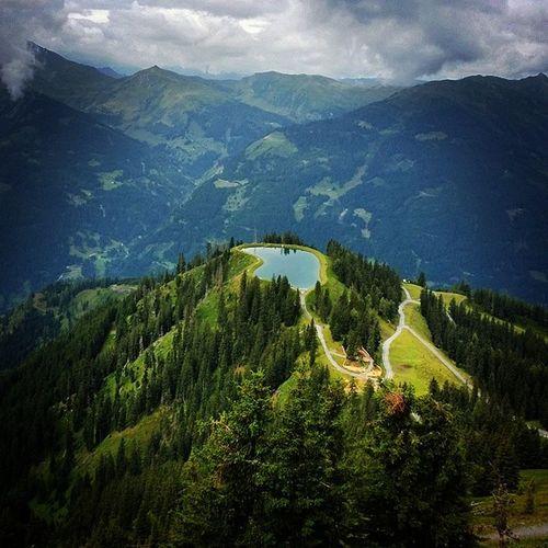 Spiegelberg Spiegelsee Gastein Austria alps lake