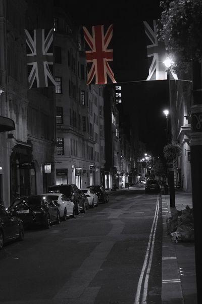 The streets. Centrallondon London Unionjack GreatBriton Monochrome Nightphotography Streetphotography Blackandwhite