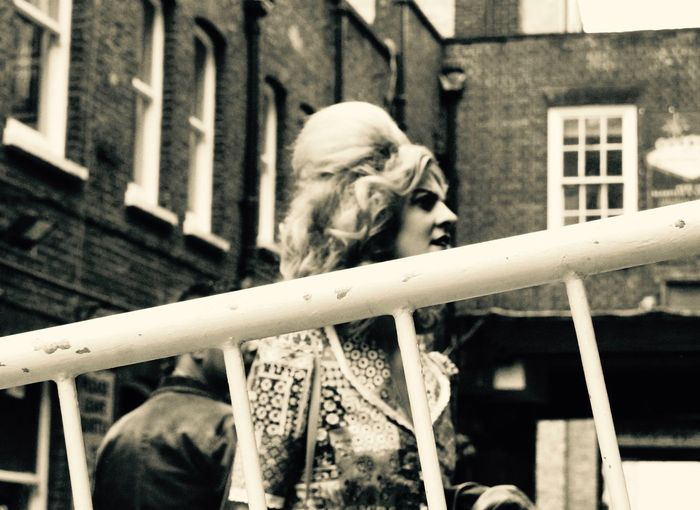 behind the bar! 60's Look Beautiful Lady Beehive Brick Lane E1 Eastlondon Shorditch Streetphotography