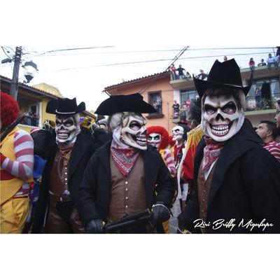 Naolinco, Veracruz, Mexico. Religion Street Beautiful Danza Mask Naolinco Naolinco De Victoria Naolinco Mascaras  Tradición Cultura Vestuario Negros