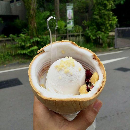 Show Us Your Takeaway! Ice Cream Pistachio Coconut Perfect Combination Perks Of Summer Gelato Favorites Icecream Forever