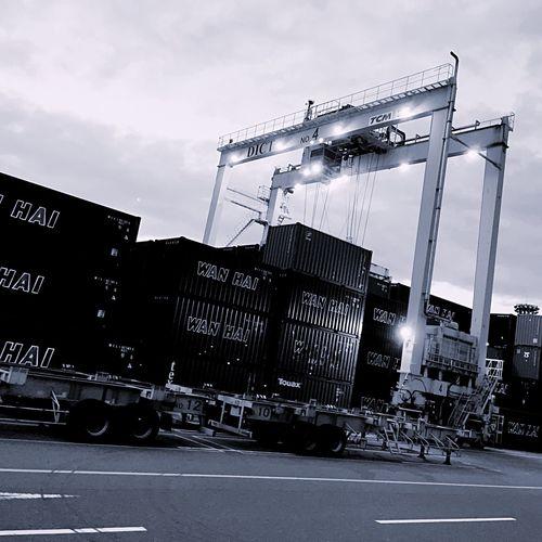 Crane Truck Container EyeEmBestPics Monochrome EyeEm Best Shots Blackandwhite Hello World Eye Em Around The World Hanging Out EyeEm