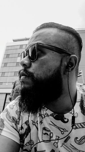 Uniqueness Welcome To Black Beardlife Beardedman Bearded Undercut Ray Ban Sunglases Vintage RayBans! BYOPaper! The Portraitist - 2017 EyeEm Awards Sommergefühle Second Acts Black And White Friday This Is Masculinity