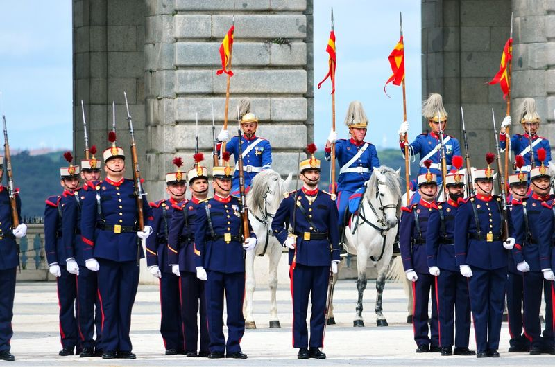 Changing of the Guard, Madrid, Spain Madrid Madrid Spain SPAIN Spaın Tourism Tourist Attraction  Tourist Destination Royal Palace Guard Changing Of The Guard Spectacle Ceremony Royal Guard Solemn Changing First Wednesday Military Band Procession Row Weapon On The Shoulders Spearmen Halberdier Rifle Account Ammunition Horses Tradition Palace Drummer Performing CalleBailen Group Of People Pride Men Crowd Day Real People Large Group Of People Full Length Patriotism Togetherness Government Males  Cooperation Architecture Emotion Celebration Happiness Uniform Front View Teamwork Outdoors