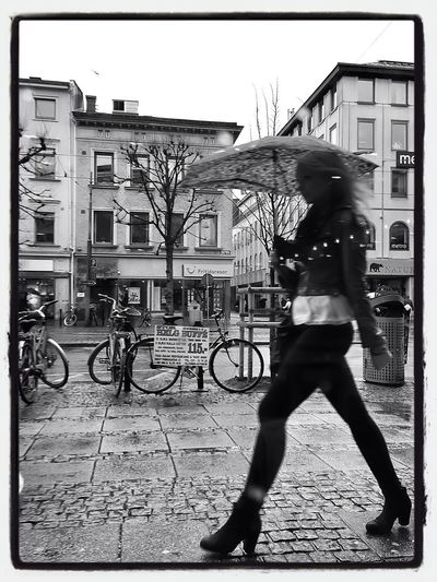 Streetphotography Streetphoto_bw AMPt_community I <3 Gothenburg
