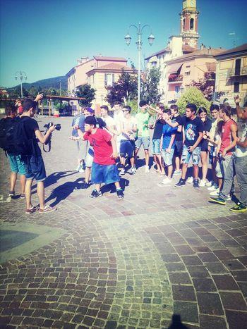 Accompagnare dei piccoli uomini nel loro primo video rap non ha prezzo ::))bella Buzzo !!!!