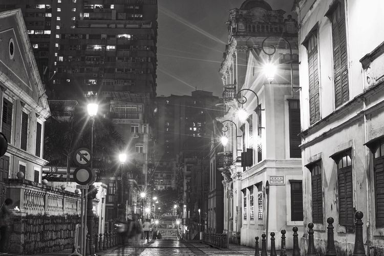 Black And White Building Exterior Architecture Street Light Built Structure Outdoors City No People Landscape Tim Wong Sony