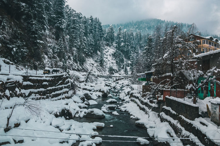 Winter wonderland .... Snow Winter Cold Temperature Tree Mountain Plant Scenics - Nature Nature Beauty In Nature Day Architecture Sky Tranquil Scene Transportation Built Structure Covering Landscape Travel No People Outdoors Snowcapped Mountain Manali Himalayas Himachalpradesh Snowfall River City Town Fresh Morning The Traveler - 2019 EyeEm Awards The Great Outdoors - 2019 EyeEm Awards