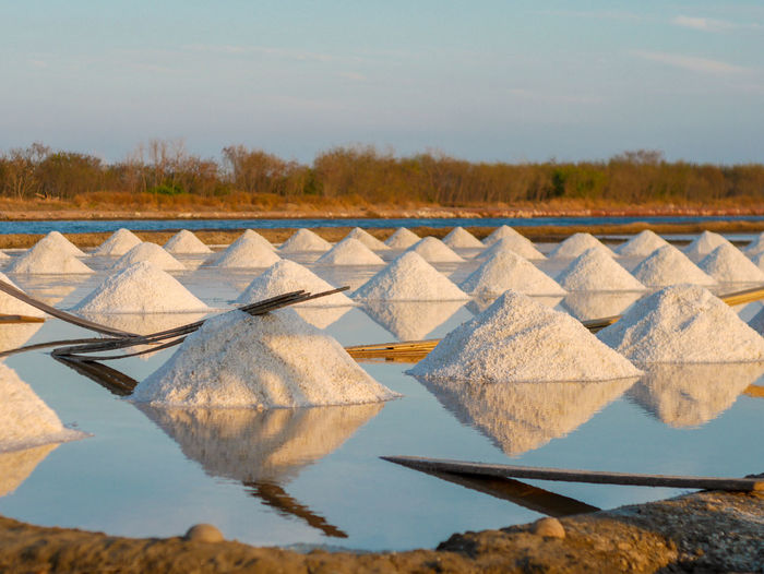 Salt - Mineral Occupation Working Rural Scene Salt Basin Agriculture Drying Sky Food And Drink