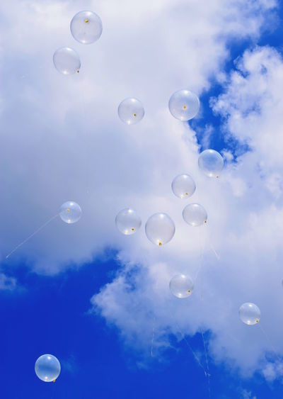 Balloons on the