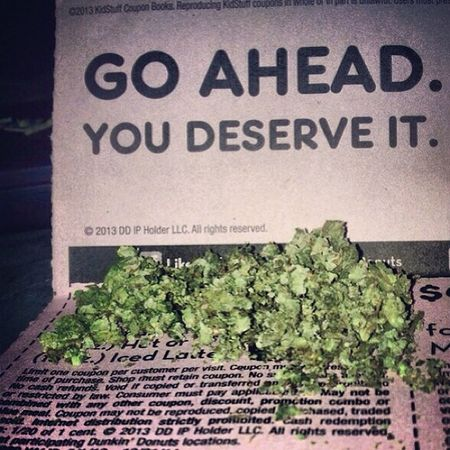 .....and after a Longday Goahead you deserve it LOL Mondays suck kitelifeco kitelife klco livefree flyhigh hightimes