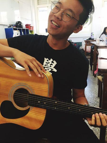 初心者 雷 吉他 男孩 Guitar First Eyeem Photo
