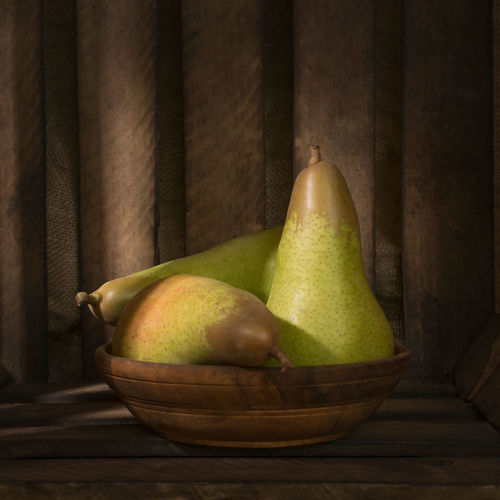 Pears Close-up Day Food Food And Drink Freshness Fruit Fruits Green Color Healthy Eating Indoors  Light No People Pears Shadow Table Wood - Material