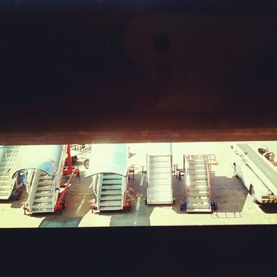 stairs Airports Airplane Aeroplane Jets Apron Runway Instanusantara Instanesia Instanusantarabali Photooftheday Picoftheday Pictureoftheday Dailyphoto Instagood Instadaily Jakarta Surabaya Denpasar Bali Citilink Garudaindonesia INDONESIA LangitBaliPhotowork