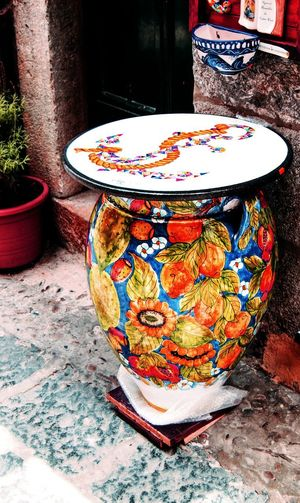 Lemon Close-up Bidet Colored Pencil Floral Pattern Flushing Water Ceramics Pottery Flushing Toilet Pot Pencil Pencil Shavings Sculptor Terracotta Clay Desk Organizer Demanding  Pencil Sharpener Variety Myanmar Culture Craft Product Earthenware Molding A Shape Art And Craft Equipment Colorful Bagan Frosted Glass Multi Colored Palette Group