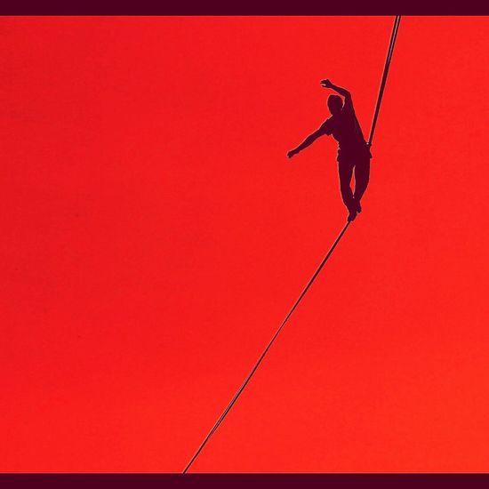 Slackline In Red. First Eyeem Photo 43 Golden Moments Slackline In Red Slackline Equilibrio Slacklife Slackvida Tricks Highline Longline Slaker Santiago En El Aire Giros Bosque Magico Caminata Exposicion Descanso Exposition Adventure Club