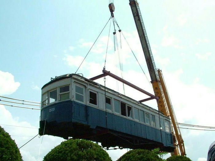 修復に向かう古い客車 Train Trainphotography 法勝寺電車 デハ203 日本車輌 西伯小学校 Old Train
