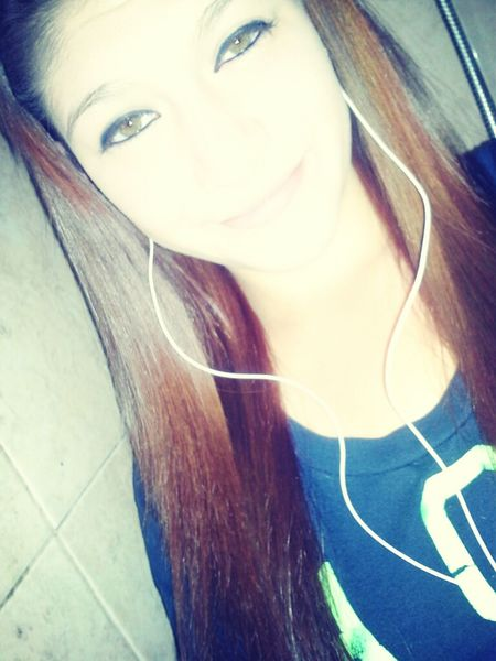 my eyes look creepy .