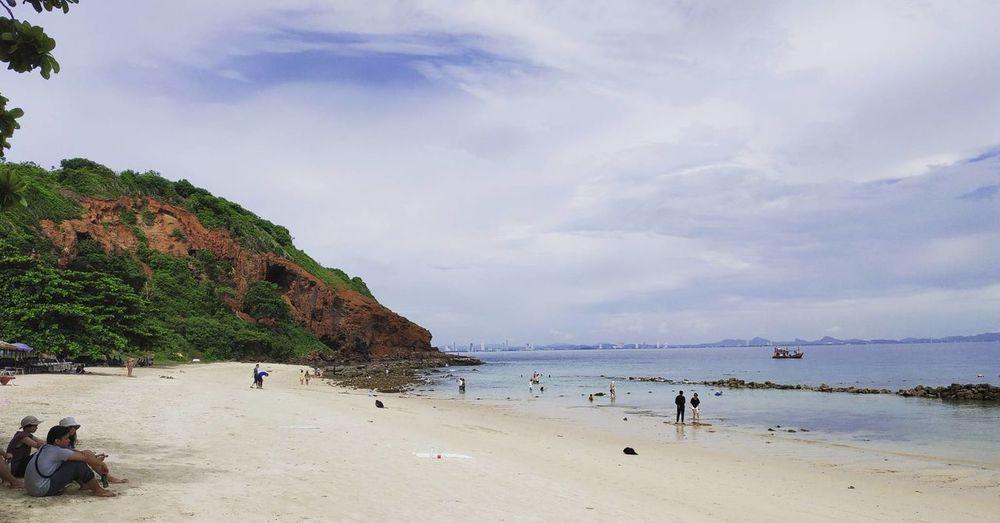 Relax for continues Thailandtravel Thaibeach Water Sea Beach Sand Beauty Summer Blue Swimming Sky Cloud - Sky Beach Holiday Island Seascape Rocky Mountains Sunbathing Beach Towel