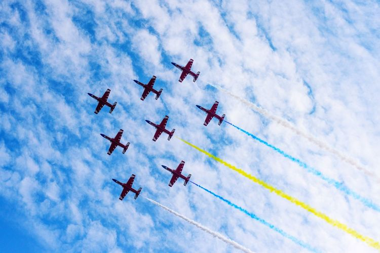 Zhuhai airshow PLA red falcon Display Pla K8 Red Falcon Zhuhai Airforce Cloud - Sky Low Angle View Sky Vapor Trail Airplane Nature Flying Airshow Transportation Teamwork Air Vehicle Cooperation Motion