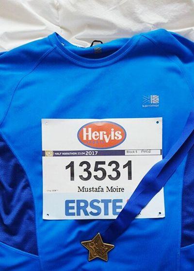 Marathon Viennacitymarathon Marathon2017 Austria Medal Winner Yahoooooo❤👏❤ Geschafft Österreich Laufen Laufer Wetter Tshirt Erstebank